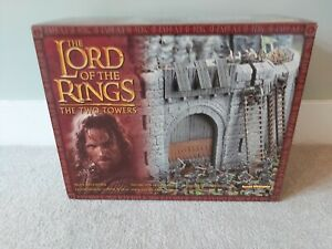 Lord of the rings warhammer Helms Deep Castle