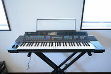 Yamaha DSR-2000 Digital FM synth w/ original box