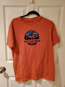 Patagonia Fitz Roy Scope Crewneck Graphic T-Shirt Orange M