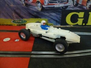 VINTAGE SCALEXTRIC Cooper Climax F1 WHITE COLOR SLOT CAR Tri-ang ExinMex MEXICO