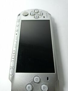 Sony PSP 3001 Silver Console  (PARTS OR Replace Bat ) Works 100% Missing Battery