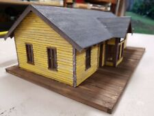 O scale Building