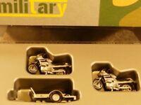 1/87 Herpa 2 BMW Motorräder Feldjäger Krad auf Anhänger BW Militärpolizei