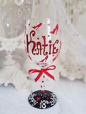 Personalised hand painted wine champagne flute birthday hen 16th 18th 21st 50th