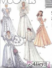 Vintage Beautiful Dramatic Fitted LACE Wedding Gown Dress Sewing Pattern UNCUT