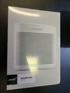 New Sealed in Box Bose SoundLink Color II 752195-0200 Bluetooth Speaker - White