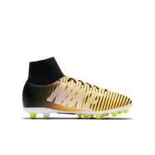 premium selection b0e3a cbc0a 35 Scarpe da calcio  eBay