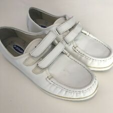 Dr. Scholls Womens White Leather Double Strapped Shoes Size 9W Flat Sneakers