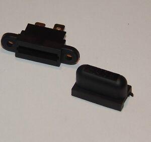 Single cabinet mount Blade Fuse Holder without fuse  12v