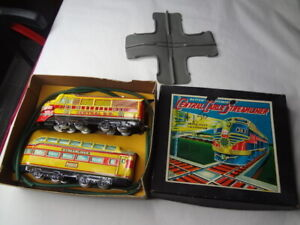 "VINTAGE BATTERY-OPERATED JAPANESE ""CENTRAL CABLE STREAMLINER""....NEW in BOX"
