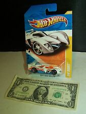 Hot Wheels White 24 Ours #10 New Models - 2011