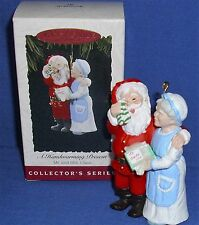 Hallmark Ornament Mr and Mrs Claus #9 1994 A Handwarming Present Mittens NIB