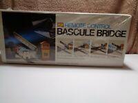 Bachmann - HO Scale - Remote Control Bascule Bridge Building Kit #3026 -NOS