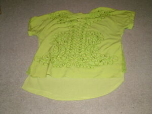 Lovely Karen Millen lime green short sleeve embroidered blouse - 14 - VGC