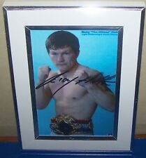 BOXING STUNNING   PHOTOGRAPH SIGNED  PRINT RICKY HATTON