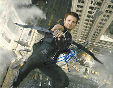 JEREMY RENNER 'AVENGERS' HAWKEYE SIGNED 8X10 PICTURE *COA