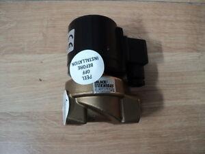 """Black Teknigas Series 3000 Series Solenoid Valve 3001230V-N 3/8"""" 50HL"""