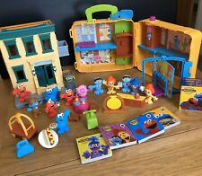 CBeebies The Furchester Hotel & Hoopers Store Sesame Street Playset With Figures