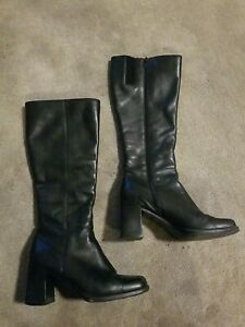 Womens leather boots size 6