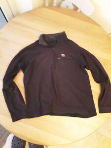 Men's MOUNTAIN HARDWEAR micro Fleece Size Large Popover 1/4 Zip Long Sleeve
