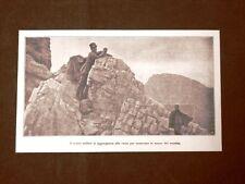 WW1 Prima guerra mondiale 1914-1918 Soldati italiani su rocce in osservazione