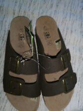 Mens sandals size 11