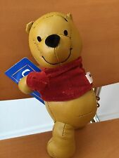 Japan Disney Vintage Winnie The Pooh Leather Velvet Clip Stand Music Box