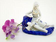 Porzellanfigur Aufstellfigur Rokoko Lady mit Hund 16 x 9 x 14 cm
