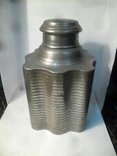 Ancienne boite à thé en métal d'origine asiatique