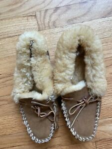 LL BEAN Women's Brown Shearling Lined Wicked Good Moccasins Slippers Size 9