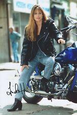 A fantastic 12x8 Autographed Photo of Linda Hamilton & CoA