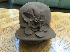 (NWT) $46 Women's Nine West Brown Felt Rosette Wool Cloche Hat W/Flowers