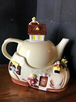 Vintage Old Woman Who Lived in a Shoe Teapot Kitchen Mid Century Cardinal FunPot