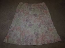 Mercer & Madison white A line skirt w embroidered floral pattern, ladies' size 8