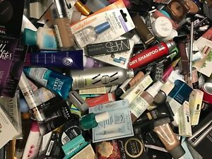 20 PC MIXED DELUXE/BRAND NAME/SAMPLE SZ BEAUTY & MAKEUP LOT. FAST SHIPPING!!!