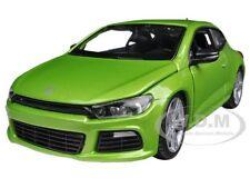 VOLKSWAGEN SCIROCCO R GREEN 1/24 DIECAST MODEL CAR BY BBURAGO 21060