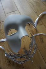 HIS AND HER WHITE MASQUERADE MASKS.BALL/PROM/PARTY.BALL.UK STOCKIST.FREEPOST