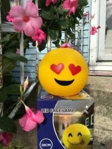 """RED HEART EYES-LED SMILEY FACE LAMP 8""""ROUND--BATTERY OPERATED-BRAND NEW IN BOX"""