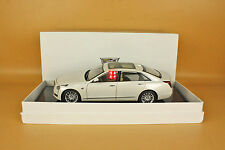 1/18 China Cadillac CT6 WHITE color DIECAST  MODEL + GIFT