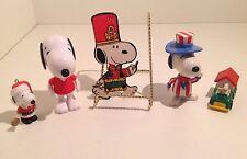 Vtg Peanuts SNOOPY Charlie Brown Patriotic Diecast Dog House Cake Topper PVC Lot