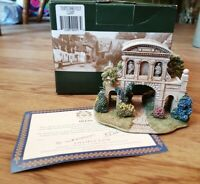 LILLIPUT LANE TEMPLE BAR FOLLY LONDON BOXED L2297 WITH DEEDS DAMAGED
