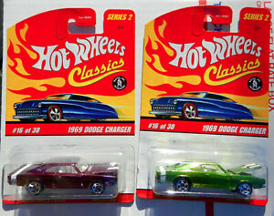 HOT WHEELS SET OF 2 CLASSIC 1969 DODGE CHARGER R/T SPECTRA PURPLE & LIME GREEN