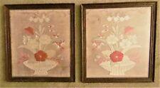 Paire Antique 19thC japonais de soie sur soie encadrée/glacé Broderie Florale panneaux