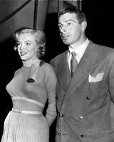 1952 New York Yankees JOE DIMAGGIO & MARILYN MONROE Glossy 8x10 Photo Poster