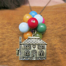 Casa con globos hasta cadena de película colgantes collares antiguos