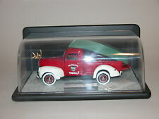 X'MAS  1999 FRANKLIN MINT CHRISTMAS TRUCK 1:24 LE 1940 FORD PICKUP & DISPLAY CSE
