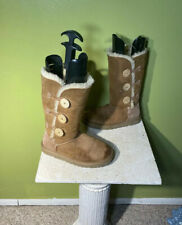 UGG Bailey Button Triplet Triple 1873 Chesnut Suede Boots Women's 6 Or Youth 4-5