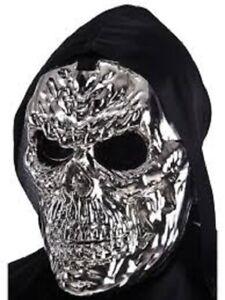 Mask Metallic Skull Silver Maschera Metallica Teschio Argento Plastica One Size