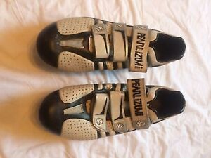 Pearl Izumi Cycling Shoes Carbon Sole Black