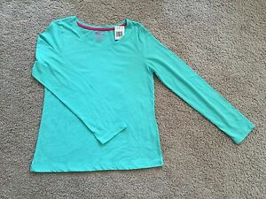 New Girl Epic Threads Long Sleeve Tee. Size XL